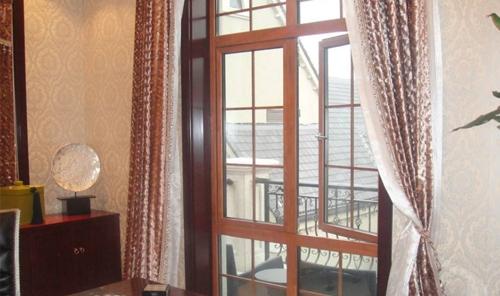 别墅铝包木门窗