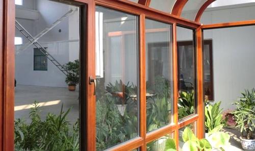 烟台铝木门窗